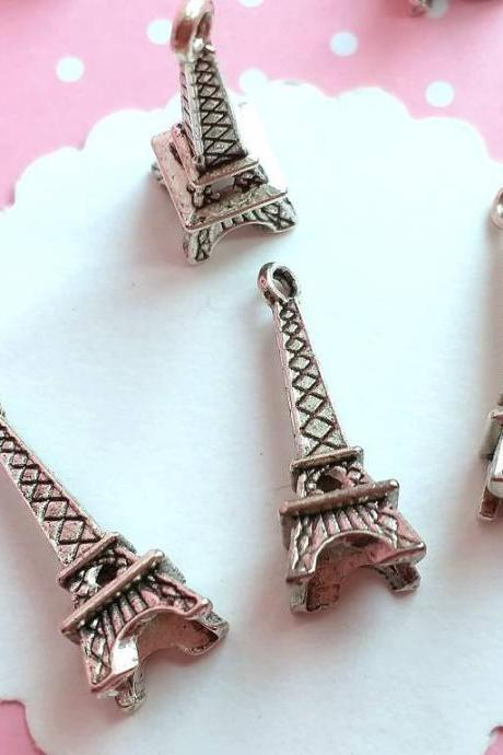 14 Eiffel Tower Charm Antique Silver tone, Jewelry supplies