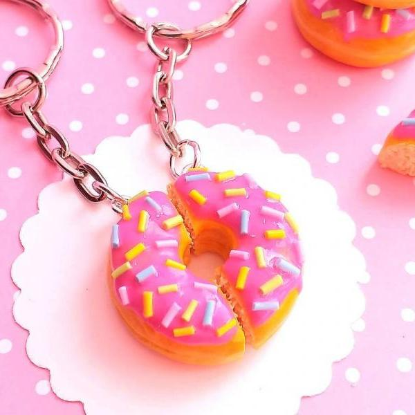 BFF Donut Keychains - Miniature Food - Food Keychain - Kawaii Style - Gift - Clay Food - Realistic Food Miniatures - Best Friends
